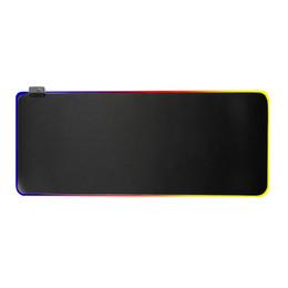 Красочные коврики для мыши онлайн-Gaming Mouse Pad RGB Негабаритный Светящийся LED Расширенная Подсветка Клавиатуры Сгущает Красочные Для ПК Компьютер Ноутбук Одеяло Мат
