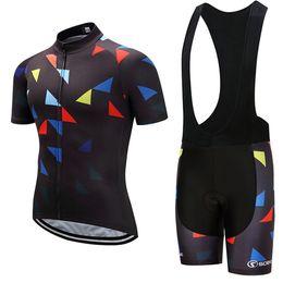 2019 Novo! Conjunto de Camisas de Ciclismo de Verão dos homens / Short Sleeve Desgaste Ciclismo Bib Shorts / Pro Equipe Ropa Maillot Ciclismo Gel Pad. 048 de Fornecedores de jersey de turnê rosa