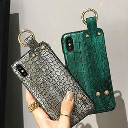 Cas de téléphone de luxe designer 3d peau de crocodile pour iphone xs x max xr 6 6s 7 8 plus je téléphone 7plus 8plus couverture arrière bonne qualité ? partir de fabricateur