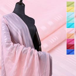 21Colors! 114 CM de ancho 9 MM de raya delgada tela de algodón de seda de color sólido fino para el traje de verano vestido de falda ropa B038 desde fabricantes