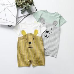 Animales de dibujos animados onesies online-INS Baby Boys Cartoon Mameluco del verano de la raya del oso de manga corta mono infantil moda animal recién nacido algodón Onesie Y1622