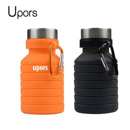 2019 bottiglia piegata UPORS 550ML Outdoor Pieghevole Sport Bottiglia d'acqua Portatile in silicone Pieghevole pieghevole Bottiglia di acqua Shaker Proteine bottiglia piegata economici