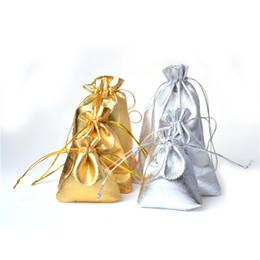 100pcs / lot Élégant Tissu Bijoux Cordon Sac Organza Or Argent Plaqué Gaze Satin Bijoux Sacs De Noël Pochettes Cadeaux Sac En Gros ? partir de fabricateur