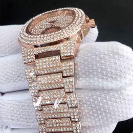 2019 ver obras Relojes de diamantes Reloj pequeño Dial Works Calendario de moda Relojes de lujo para hombre Relojes de pulsera de cuarzo Reloj de acero inoxidable para hombres ver obras baratos