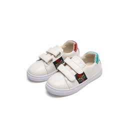 Moda niños zapatos para correr Tigre Otoño Invierno Nuevo Hombre niña Coreano niño blanco zapatos Ocio estudiante movimiento niños Zapatillas de deporte tamaño 21-35 desde fabricantes