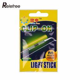 2019 clip di bastone chiaro Relefree 20 pezzi / 10 Ba stick-on stick pesca fluorescente Lightstick Light Night Float Rod Lights Dark Glow Stick sconti clip di bastone chiaro