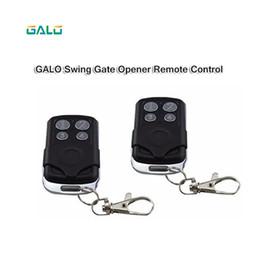 module de relais unique Promotion La télécommande Fréquence de cryptage sécurisée pour les opérateurs de porte automatiques à moteur d'ouvre-portail pivotant