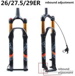 Fechaduras de liberação rápida on-line-MTB garfo de suspensão da bicicleta 26 polegada garfo reta bloqueio cônico através do eixo QR ajuste de rebote de liberação rápida