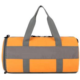 sac 75l Promotion 19SS Marque Sac Voyage Mens grande capacité Duffle Bag de haute qualité unisexe sac à main Bagages Sport 4 Couleur