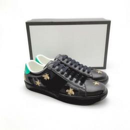 2019 drago tigre Ace Shoes Designer Scarpe Sneakers in pelle fragola Casual Ape ricamo ape, fiori tigri frutta drago Sneakers uomo e donna Z16 drago tigre economici
