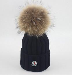 Niñas tejidas sombreros de invierno online-Sombrero de invierno para niños Diseñador de bebés y niñas a rayas simples. Sombrero cálido. Sombreros de punto para niños de diseño.