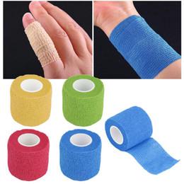 bande élastique Promotion Le bandage autoadhésif enveloppe le ruban adhésif élastique de premiers soins, étirement 5cm * 4.5m, couleur Bandage auto-adhésif non tissé