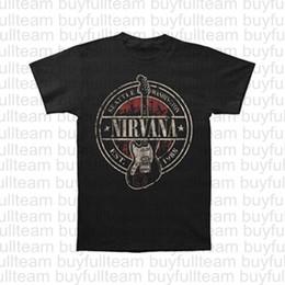Tees de guitarra online-Nirvana Establecido 1988 Guitarra soporte de los hombres de camiseta de la moda para hombre Negro de manga corta Tops camisetas de la moda tee Tamaño S M L XL 2XL 3XL