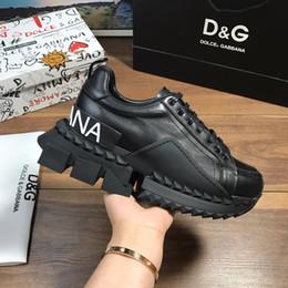 d555298813 DOLCE GABBANA GRAFFITI 3D negro Slip-On Portofino mujer Zapatillas de  deporte En cuero Nappa estampado DG white ace Zapatos para zapatos de hombre
