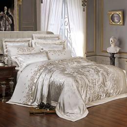 Conjunto de cama dourada on-line-Sliver De Luxo De Ouro De Cetim Jacquard conjuntos de cama do Bordado conjunto de cama de casal queen size king size capa de edredão folha de cama set fronha