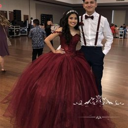 Burgundy Sweet 16 Masquerade Quinceanera Dresses 2020 Off Shoulder Ball Gown Vintage Lace Sequined Plus Size Vestidos 15 Anos Prom Gowns