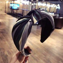 2019 ткань цветок волос галстук Корея двухслойный Чистый льняной ткани Tie Узел Hairband для девочек Цветок Корона ободки для волос луки аксессуары для волос дешево ткань цветок волос галстук