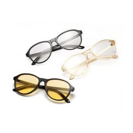 b8c1e4a927a Fashion Retro Unisex Art Glasses Creative Pure Colors Round Travel  Eyeglasses Classic Art Style Black Frame Eyewear LJJT312
