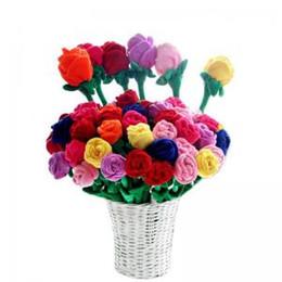 Hebillas de muñeca online-Plush Rose Flower Toy simulación de dibujos animados rose bouquet muñeca cortina hebilla decorado celebración juguetes fiesta de Navidad decoración GGA1618