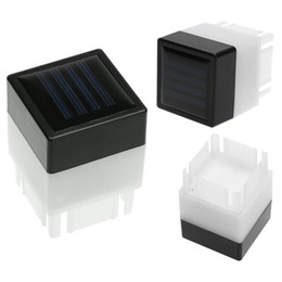 Poste de luz solar blanca online-Impermeable Solar Powered Fence Post Pool LED Square Light para jardín Lámpara Límite Piscina Jardín Decoración Lámpara Luces blancas