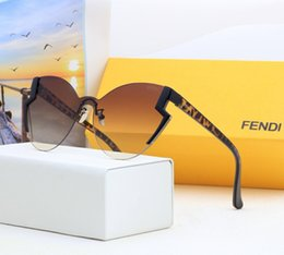 Marche europee di occhiali da sole online-Occhiali da sole di marca poligonali occhiali da sole di lusso europei e americani alla guida di occhiali frameless di alta qualità scatola originale o no