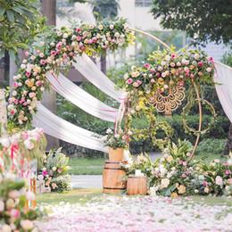 Blume geformt hochzeit ring gold online-Weißgold U / Herz / Runde Ringform Metall Eisen Bogen Hochzeit Hintergrund Stand Party Dekor künstliche Blume Ballon Stand Regal