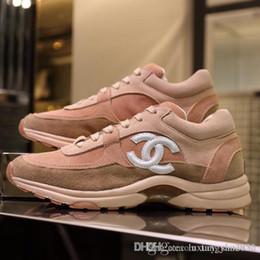 vans scarpe tutto bianco  Sconti chanel Più nuovo arrivo le scarpe di lusso di modo delle donne di svagoprogettistaGenuine Leather Sneakers scarpe di alta qualità Bee delle scarpe delle donne