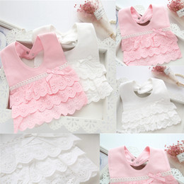 baberos de bebé de encaje Rebajas Princesa del niño infantil de algodón baberos de encaje eructos paños niños recién nacido algodón algodón alimentación baberos envolver triángulo regate bandana