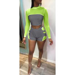 terno de noite para o verão Desconto Mulheres verão reflexivo sexy sports suits gola manga comprida calças curtas night club estilo fashion clothing