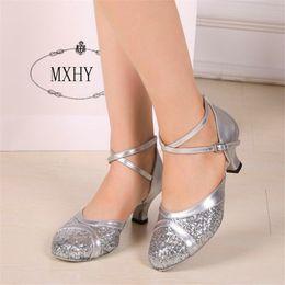 2020 zapatos de cuero modernos Nueva zapatos de la mujer de cuero mujer mujeres adultas danza moderna zapatos de primavera y verano suave de fondo 5.5cm Alta Parte zapatos de tacón Tamaño 33-42 rebajas zapatos de cuero modernos