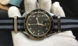 Reloj de pulsera de skyfall online-Reloj automático para hombres Miyota 8215 Cal.8400 Bisel de cerámica Hombres James Bond Skyfall Spectre 007 Relojes de pulsera de nylon Relojes de Gauss Master