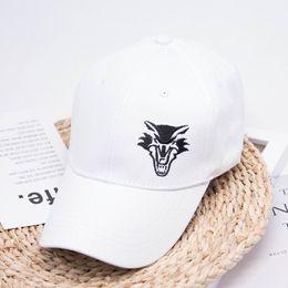 2019 корейский стиль шапка Hat Men Casual Fashion Baseball Cap Black And White Embroidered Animal Sun Protection Hat Female Hip Hop Wild Korean-Style дешево корейский стиль шапка
