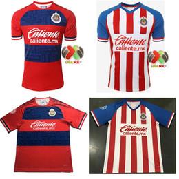 Camisetas de fútbol auténticas online-Nueva llegada 2019 MEXICO Club Clásico Chivas de Guadalajara Home Soccer Jersey 19 20 Campeones auténticos Camiseta de Futbol Camisetas de fútbol