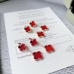 Canada boucle d'oreille dames accessoires nouvelle vente diamant bijoux déesse argent 925 boucles d'oreilles pour goujon en cristal de bohême en acier chirurgical en Autriche Offre