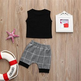 outfit grid Promo Codes - Ins Baby Kids Grid Tracksuit Sleeveless Vest + Gray Plaid Shorts 2pcs set Casual Outfits Boys Children Summer Cloth Set 70-140cm Hot A32601