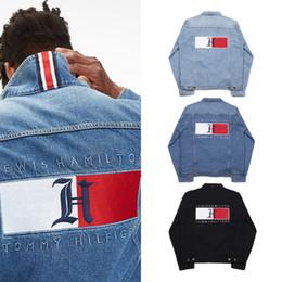 Hip hop homens calça jeans on-line-Outono Inverno Novos Homens Mulheres Lave A Água Preto Azul Jaqueta Jeans dos homens Esporte Casuais Carta Bordado Casaco de Jaqueta De Hip Hop