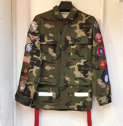 uniforme militare delle donne Sconti Giacca da uomo e da donna con rivestimento mimetico medaglia nastri universali arrow uniformi da uomo e da donna coppia giacca militare