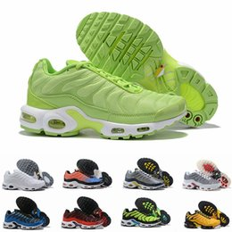 future boots Promo Codes - New Throwback Future TN Plus Greedy Volt Red Yellow mens running shoes For Men TNs Sports Designer Sneakers Trainers Baskets Size 40-46