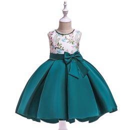 Klavierkostüme online-MQARZ 2019 Nette Kinder Mädchen Formales Kleid Brautjungfer Schleppendes Kleid Klavier kostüm Modell Catwalk Für Mädchen Erstkommunion Kleider