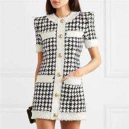 herbst sommer charmante kleider Rabatt 420 2019 Marke gleichen Stil Kleid Flora Print Plaid Kurzarm über dem Knie Luxus Prom Mode Damenbekleidung CHANGJI