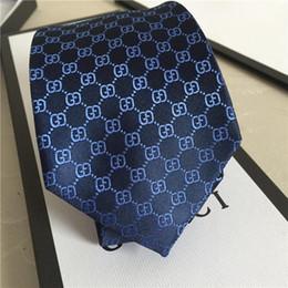 Caja de corbatas de diseñador online-2019 Nueva corbata de moda de alta calidad 7.0cm corbata de seda de jacquard de seda de diseñador para hombre de lujo, empate de boda de negocios caja de regalo embalaje