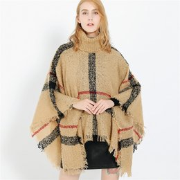 Strickkragen stricken online-Women Plaid Cloak Autumn Winter Shawl High Collar Sweater Scarf Batwing Tassels Poncho For Girl knitted cape outwear LJJA2978
