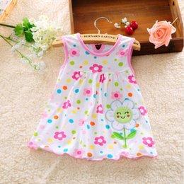 2019 dot bebê roupa Vestido da menina do bebê bonito de algodão regular dot mangas vestidos de uma linha floral apliques casual clothing princesa 0-24 meses dot bebê roupa barato