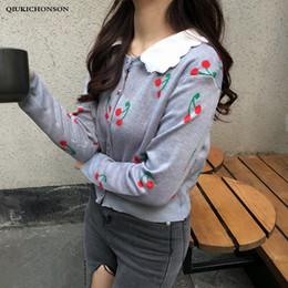 Corea lindo suéter de las mujeres Kawaii Peter pan Collar Patchwork Modelo  de la cereza de punto Cardigan Suéter único Breasted Knitwears suéteres  coreanos ... d1a52a31d1ad
