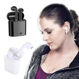 2019 fones de ouvido chineses de qualidade Fones De Ouvido Bluetooth I7 TWS Gêmeos Earbuds Mini Fones De Ouvido Sem Fio fone de Ouvido com Microfone Estéreo V5.0 para telefone Android com Pacote de varejo
