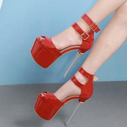 2019 16 см кожаный каблук 16см сексуальный черный красный ультра высокой пятки патент PU кожаные ботинки насосов женщин дизайнер обуви поставляются с размером коробки 35 до 40 дешево 16 см кожаный каблук