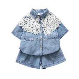 46817af9d8df6 coton en lacet Promotion vêtements de créateurs enfants filles Denim tenues  enfants col de dentelle Tops