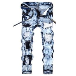 2019 helle jeans für männer Leichte, modische Herrenmode mit europäischen und amerikanischen Stickerei-Patches und farblich passenden, geraden Jeans für Herren günstig helle jeans für männer