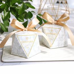 2019 top vente de bonbons Nouveau Top Vente Marbre Diamant Papier Candy Boxes Faveurs De Mariage Baby Shower Party Supplies Bomboniere Merci Boîte De Cadeau De Noël promotion top vente de bonbons