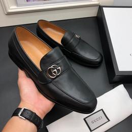 OBEN! Top rote Unterseite Männer Shinny G BLACK Sliver Gold Spike Herren Loafer Loafers Nieten Mann beiläufigen Schuh reale Bilder Größe 38 45